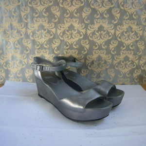 Eileen Fisher Silver Platform Wedge Sandal - 9.5 M